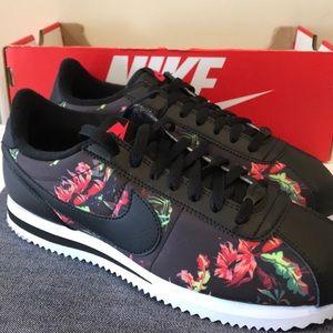 Nike Cortez Basic Floral Women's Size 8.5 Men's 7